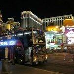 Deuce bus