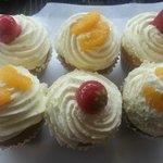 Fresh Cream Cupcakes