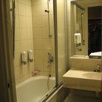 ソコスホテル バスルーム