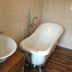 large rool top bath