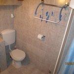 Bathroom apartment 3
