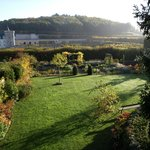 Vue en automne vers le château de Villandry