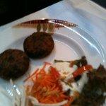 Shami Kabab (galettes de viande parfumées aux épices, lentilles et sésame)
