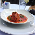 Polpetta con Stufato di Pomodori (Pork and beef meatball with fennel and coriander seeds in a to