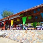 Relaxed & breezy beachside Restaurant