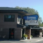 Rodeway Inn and Suites Downtowner-Rte 66