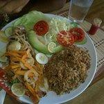 Gee Wiz Vegetarian Restaurant