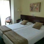 Big spacious rooms wtih comfy beds