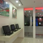 lobby hall, free pc to use