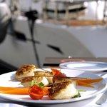 Déjeuner sur le port de Cap d'Ail
