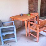 Sitzgelegenheit auf der Innenhof-Terrasse