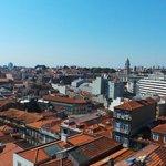 Vue magnifique sur Porto depuis la chambre (6e étage)