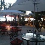 Afternoon tea area/informal dining area