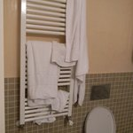 No hooks for the towels meant we had to put them on the radiator