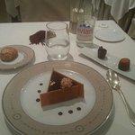 Un Dessert au 3 chocolat et Nougatines