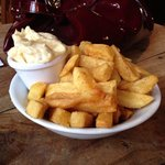 Chips with fresh pungent aioli