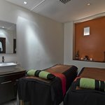 Amora Day Spa - Couples Treatment Room
