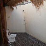 Балийская ванная без крыши