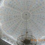 Vers la réception, ce plafond magnifique