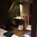 Nice modern room.. Spacious number 303