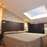 Habitacion Abuhardillada / Attic Room