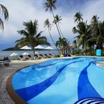 Photo de Centra by Centara Coconut Beach Resort Samui