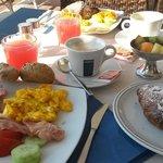 Tolles Frühstücksbuffet und sehr guter Cappucino