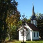 Holzkirche von der hinteren Seite