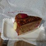 Yummy cake from Fingerlos