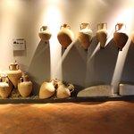Alcuni vasi.