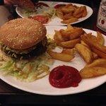 Pinapple & curry burger