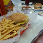 burger and chili were great