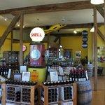 Barneveld, Botham Winery, Gift Shop