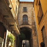 A street in Orvieto, near a great restaurant