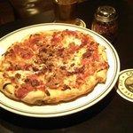 Molte Carne Pizza