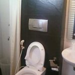 Well furnished toilet