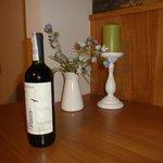 Bottle of wine (present)