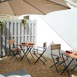 La terrasse: un espace tres calme et agreable
