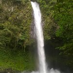 La Fortuna Waterfall, minutes walk from Cabins