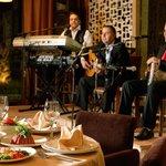 صورة فوتوغرافية لـ Al Bustan Lebanese Restaurant & Garden