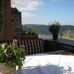 Terrasse (Blick auf den Rhein und Oberwesel)