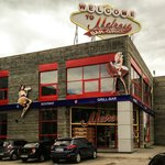 Melrose - the LARGEST restaurant in the city!