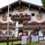 Windbeutel-Excellent and Interesting Bavarian Restaurant!
