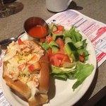 une spécialité succulente: le guédille de homard