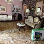 Living room of Lamplighter.