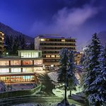 Sunstar Alpine Hotel Davos by night