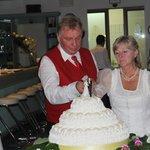 Die hausgemachte herrliche Hochzeitstorte