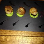 pan fried scallops with black pudding and pea puree
