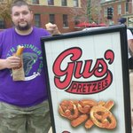 Gus's is in a nice old neighborhood next to the Anheuser-Busch Brewery.