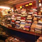 vue de la librairie de l'acqua alta